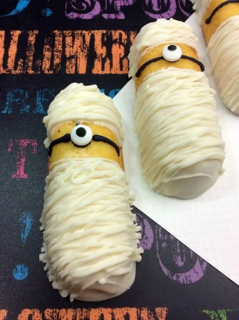 Minions Mummy Twinkies