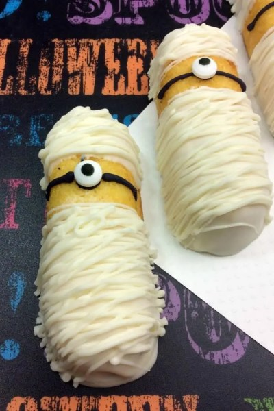 Celebrate Despicable Me 3 With These Minion Mummy Twinkies