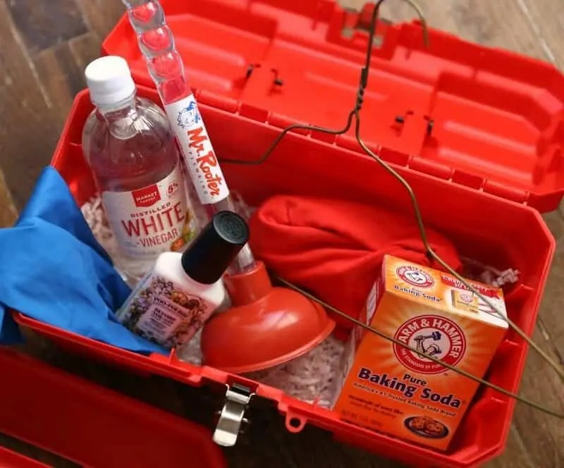 DIY Emergency Plumbing Kit & Plumbing Hacks Everyone Should KnowDIY Emergency Plumbing Kit & Plumbing Hacks Everyone Should Know