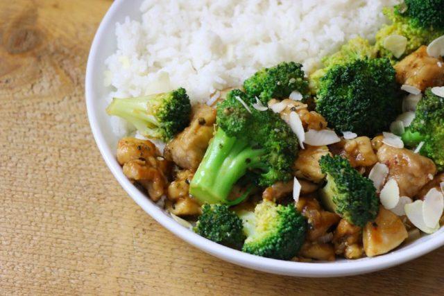 Kip, rijst en broccoli