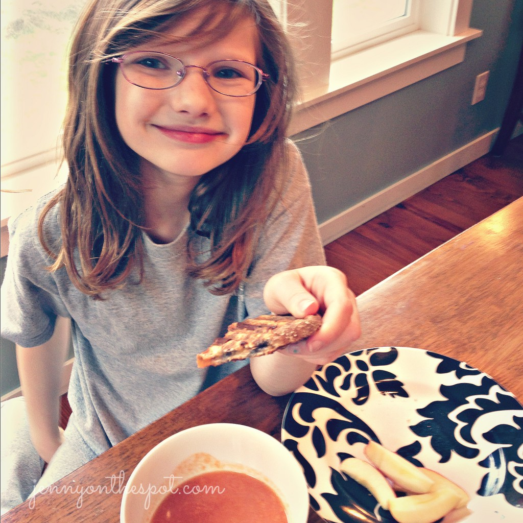happy kid with healthy lunch via @jennyonthespot