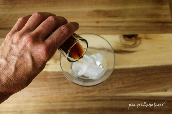 Pour the Kahlúa into the glass: A Black Cow #2 via @jennyonthespot