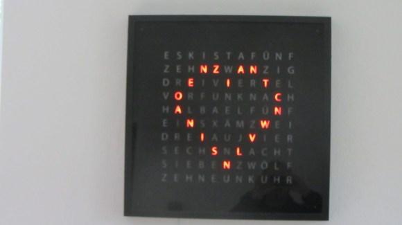 Noch \'ne Wortuhr | Homepage von Jens Bretschneider