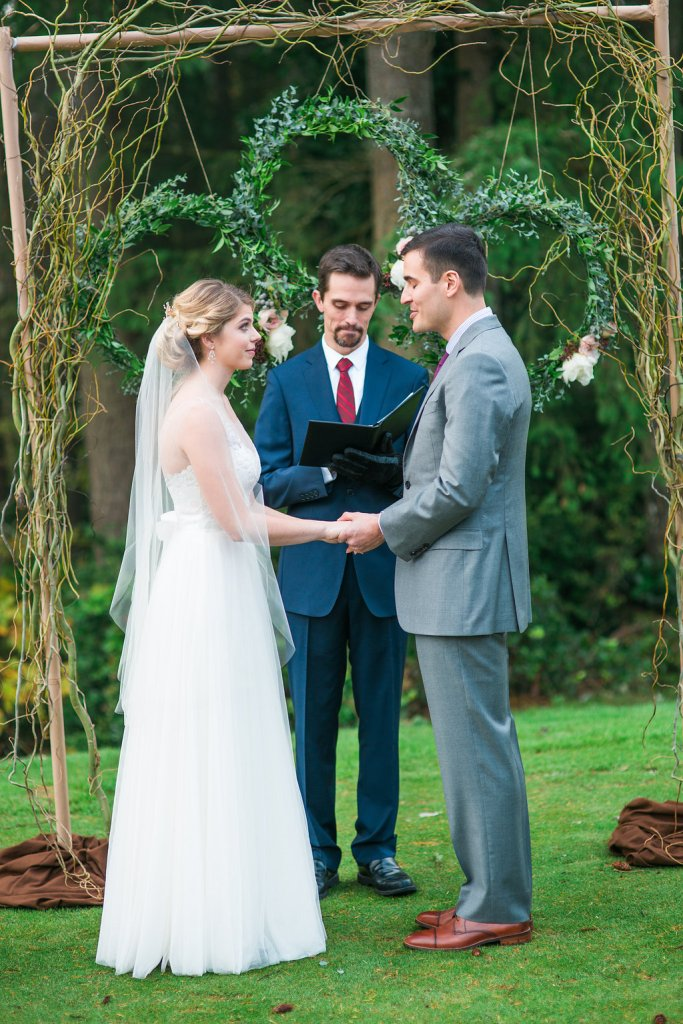 Wedding Ceremony, Canterwood Wedding, Pacific Northwest Wedding, Willow Arch