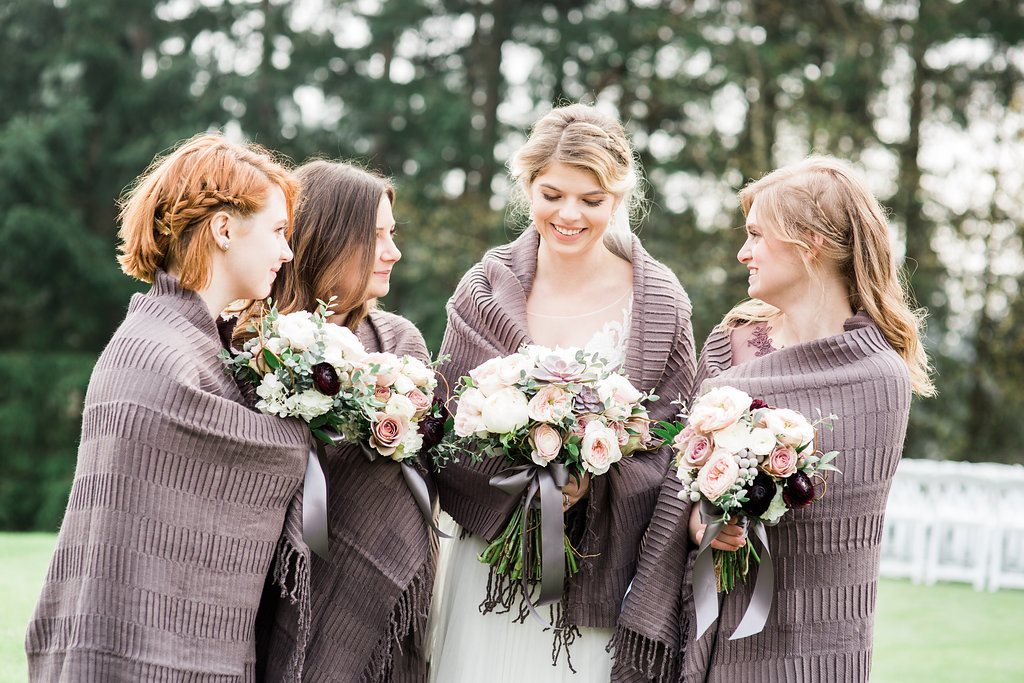 Winter Wedding, Canterwood Wedding, Bouquets, West Elm Blankets