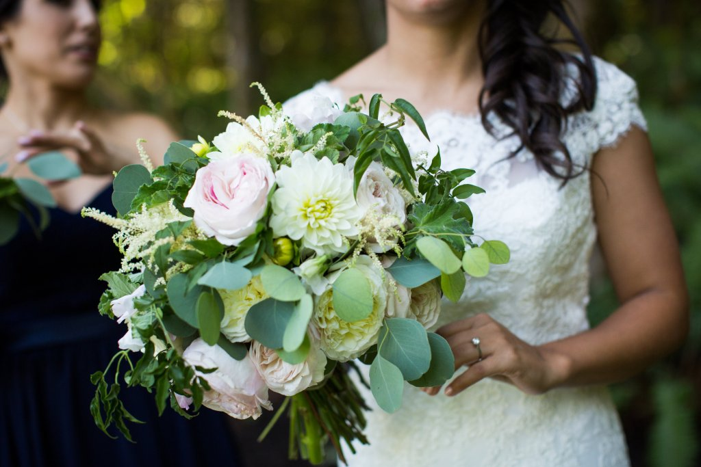 Garden Roses, Dahlias, Astilbe, Trailing Jasmine, and Eucalyptus Bouqeut.  View More: http://charbeck.pass.us/08-16-15-lee-dani
