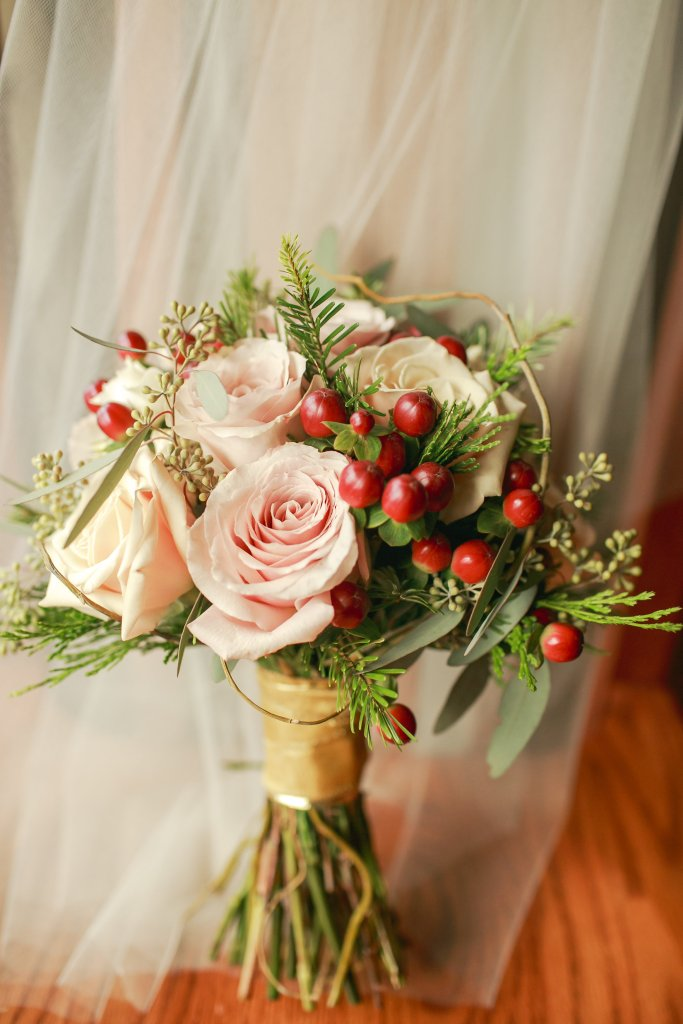 Port Gamble Wedding, Bridesmaid Bouquet, Roses & Berries