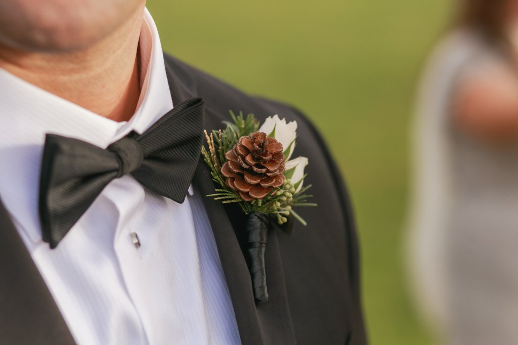 pinecone & spray rose boutonniere