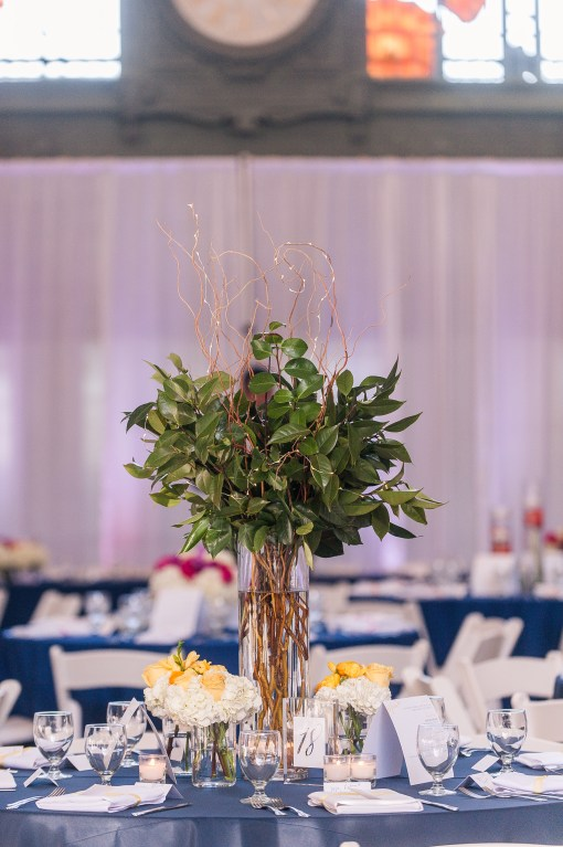 Union Station Wedding || Photo: Genesa Richards Photography ||Yellow Table