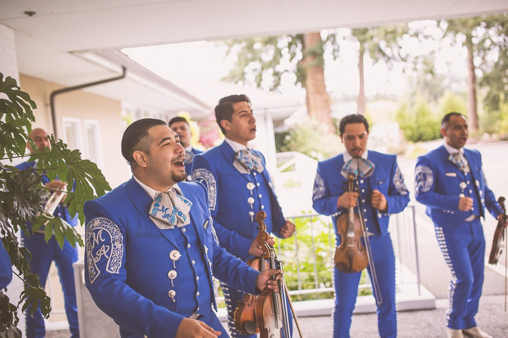 Mariachi Band greets guests arriving at Tacoma Golf & Country Club