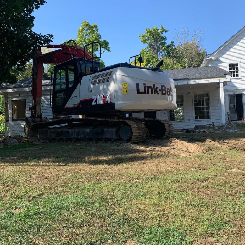 Link-Belt Excavator Ready to Take Down House in Sherborn MA
