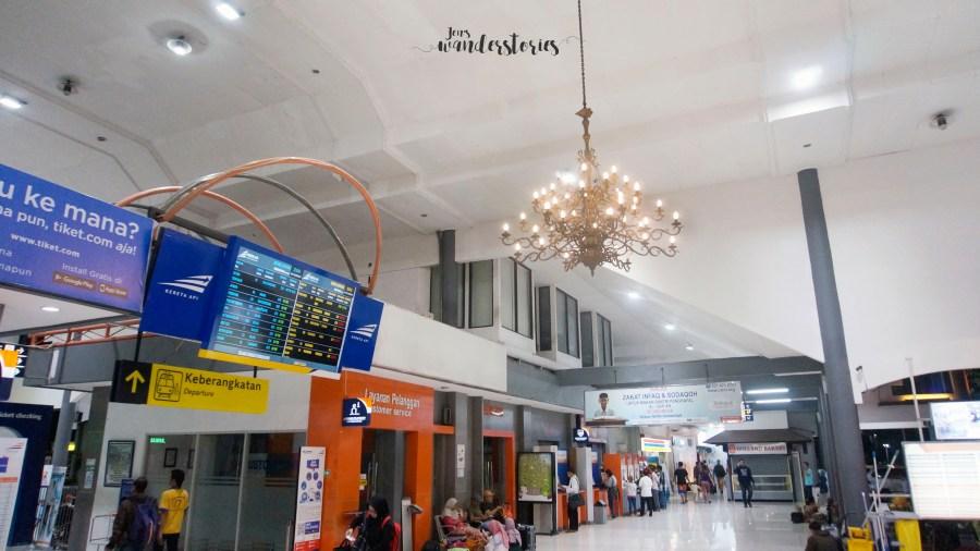 gubeng station surabaya