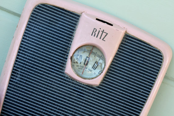 Retro pink scale shabby chic