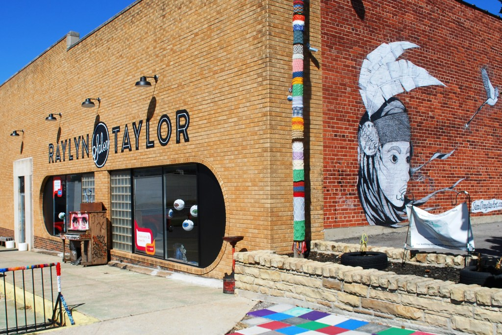 Raylyn Taylor Salon