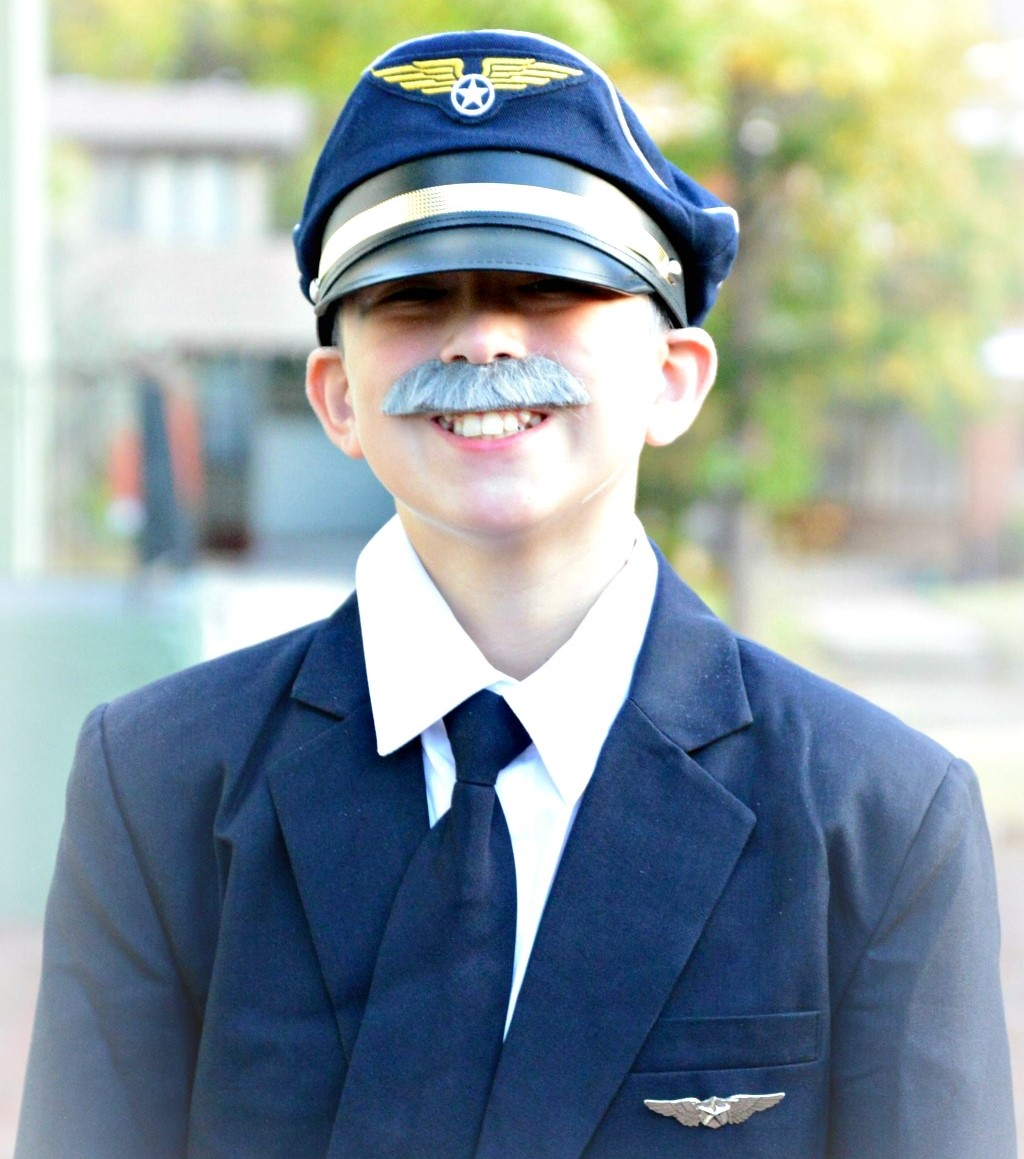 1-sully-sullenberger-halloween-costume-1-1-2