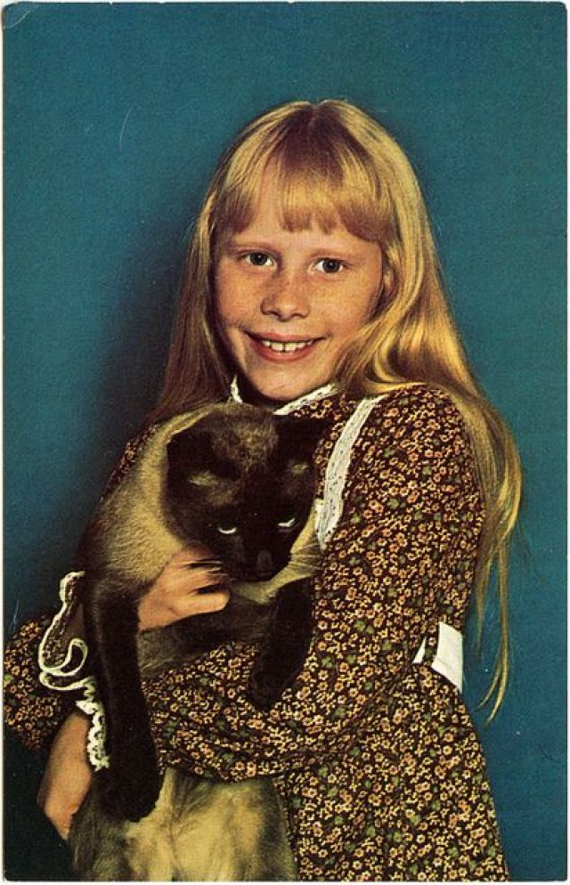 Amy Carter with her cat