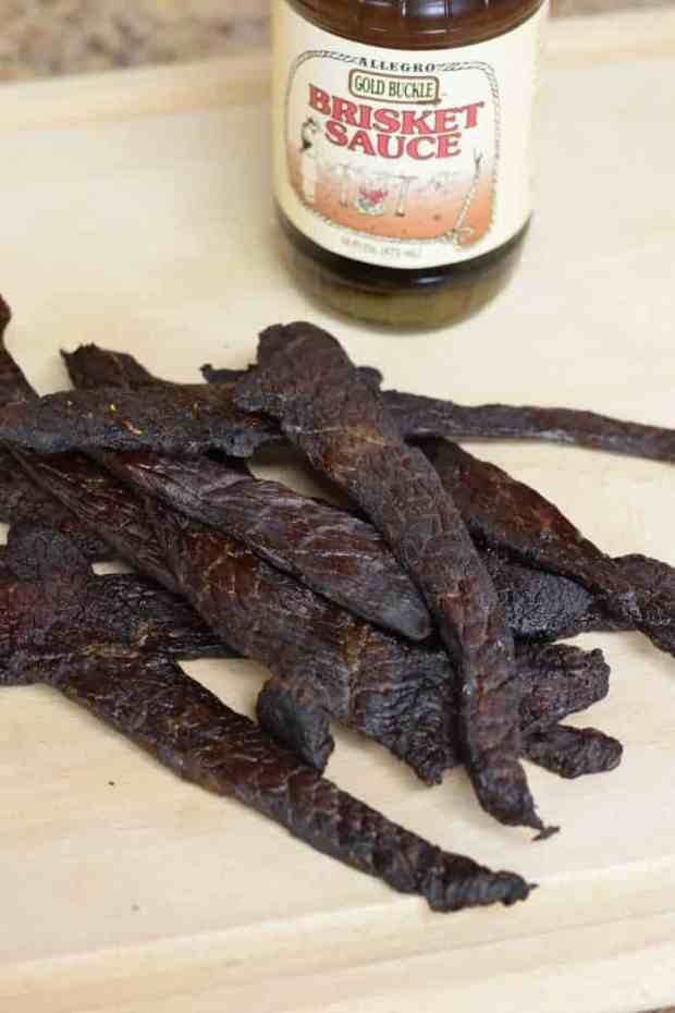 This easy to make brisket marinade jerky is finger licking good! | Jerkyholic.com