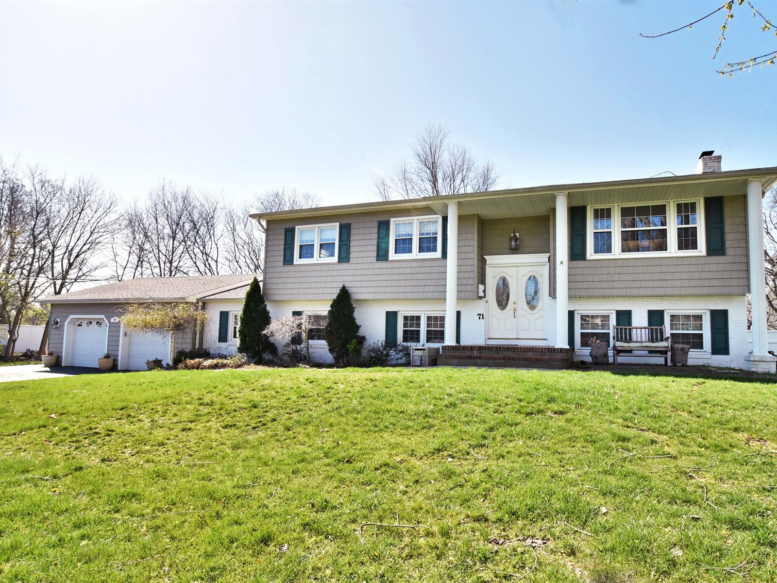71 Burki Place Freehold Just Listed – Perfect Mother/Daughter Home!
