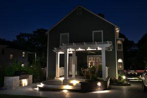 professional outdoor lighting