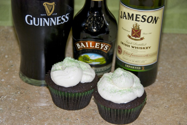 Irish Car Bomb Cupcakes: Guinness Chocolate Cupcakes with Irish Whiskey Ganach filling and Bailey's Buttercream frosting!