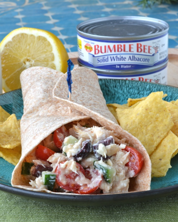 Greek Tuna Salad Wraps with Bumble Bee Tuna #BeeHealthy #CG