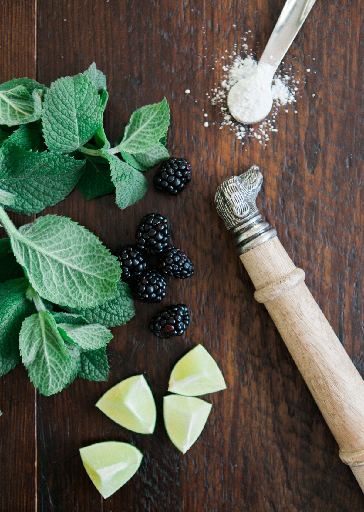 blackberry infused mojito - jessica brigham blog - magazine ready for life - tradtional mojito with a twist