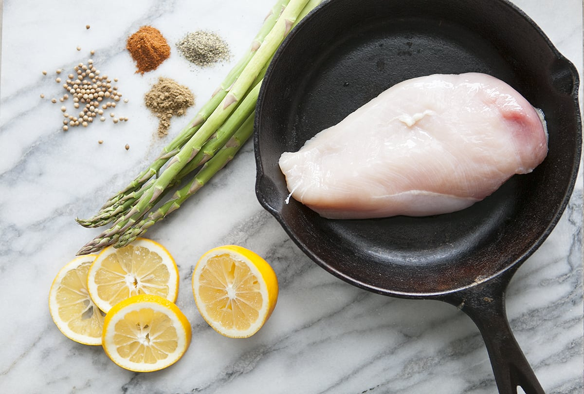 one pot chicken and asparagus dinner - weekly meal planning - quick meals - jessica brigham blog - magazine ready for life