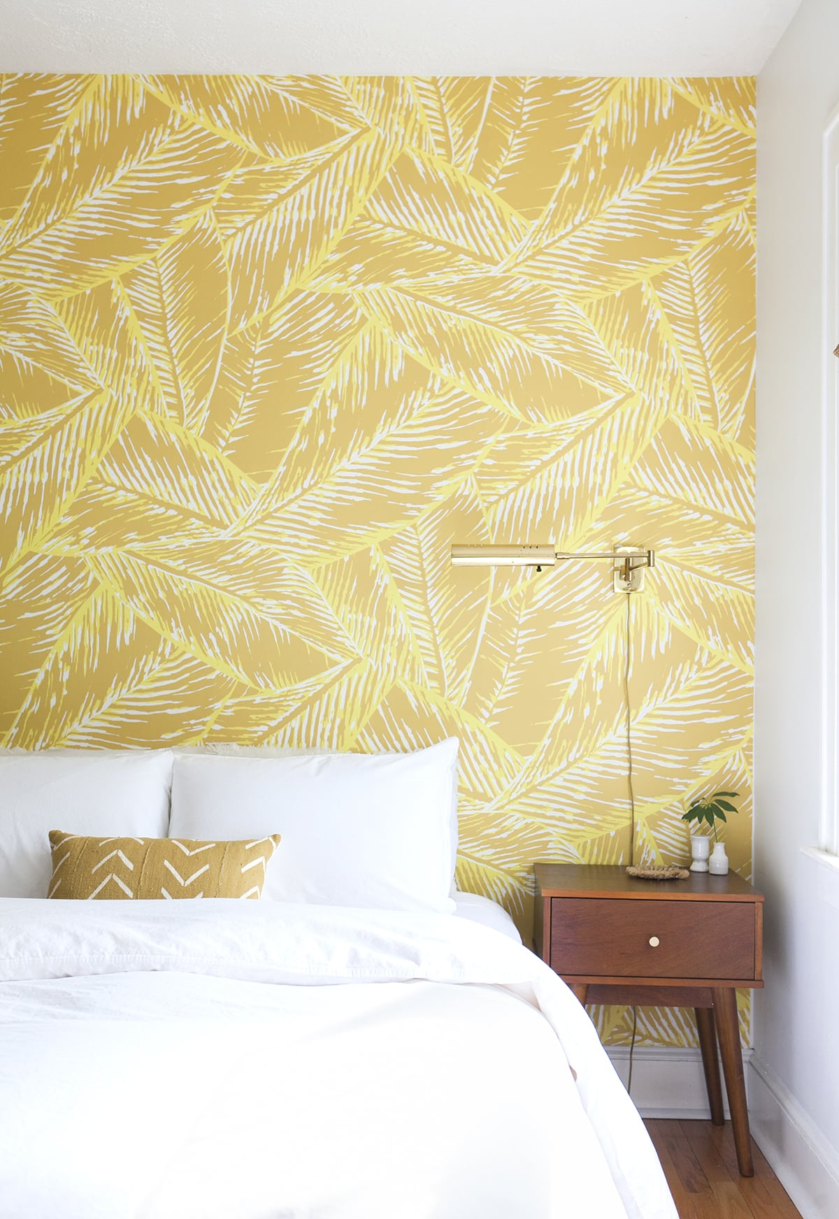 The Luxe Lifestyle Master Bedroom Reveal: Before & After: Boho Glam Master Bedroom Reveal » Jessica