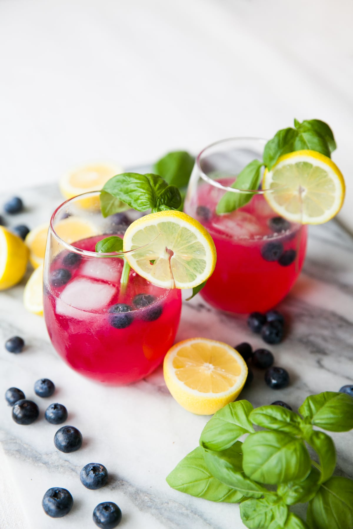 Gin Cocktails | Blueberry Lemonade | Cocktail Recipes | Homemade Hard Lemonade | Jessica Brigham | Magazine Ready for Life