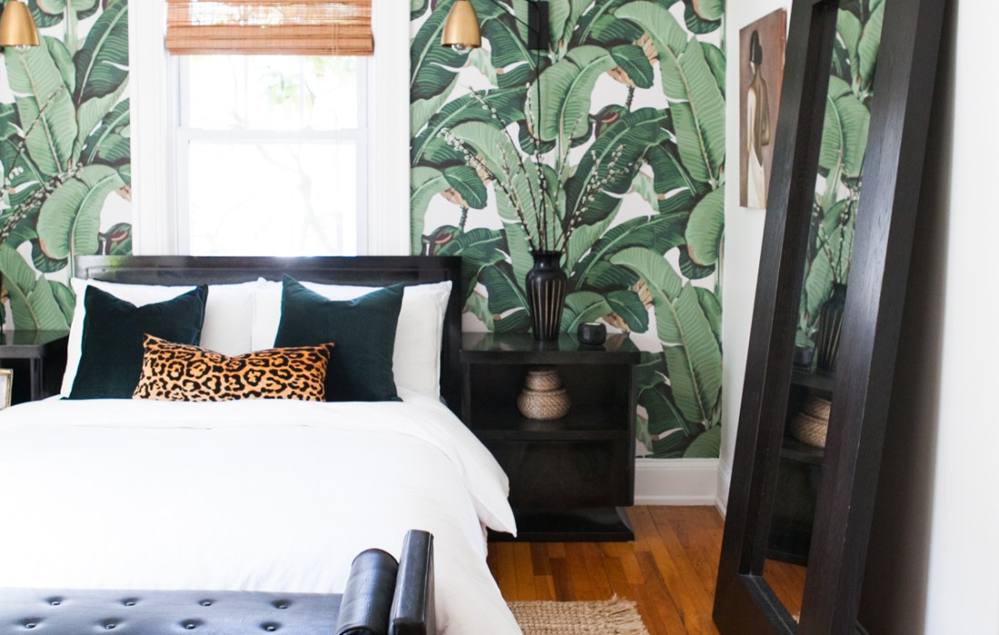 The New Neutral: Dark Green Home Inspiration