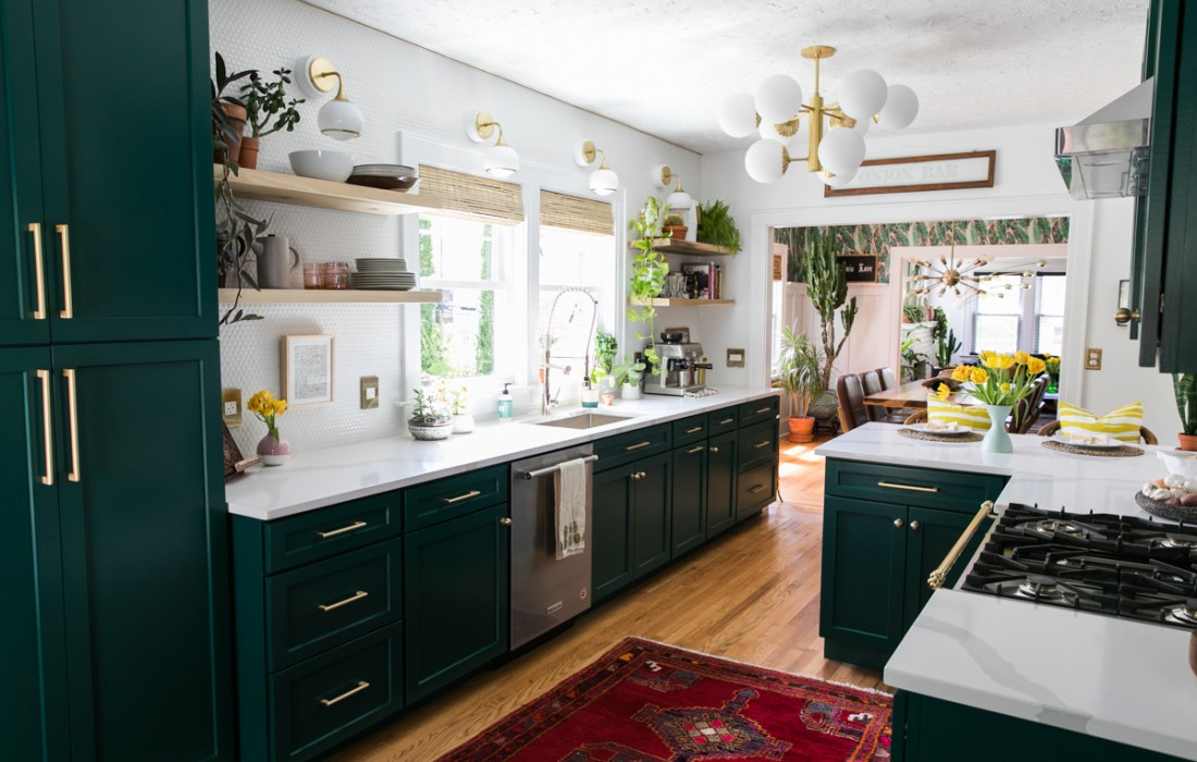 One Room Challenge – Green Kitchen Glamazon – The Reveal