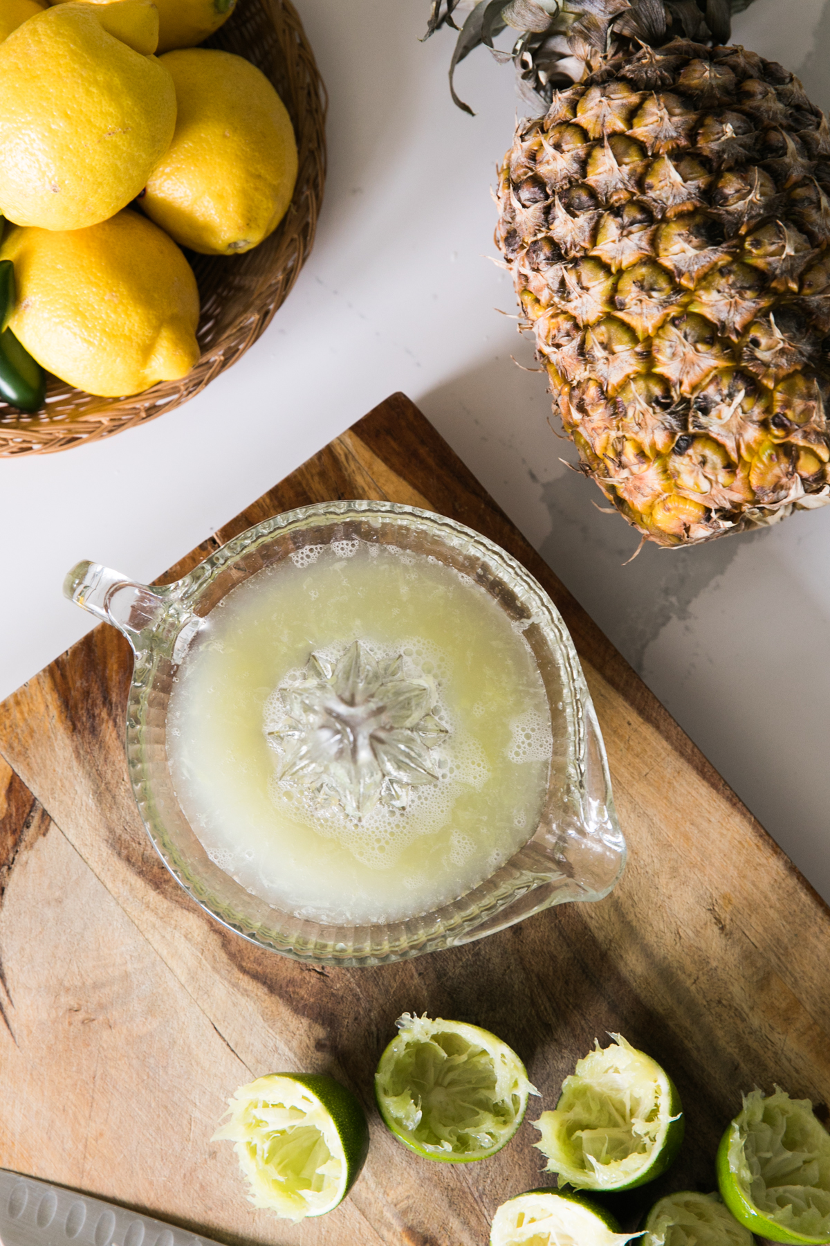 Grilled Pineapple and Jalapeño Margarita | The Spicy Señorita | Summer Cocktails | Tequila Cocktails | Jessica Brigham | Magazine Ready for Life