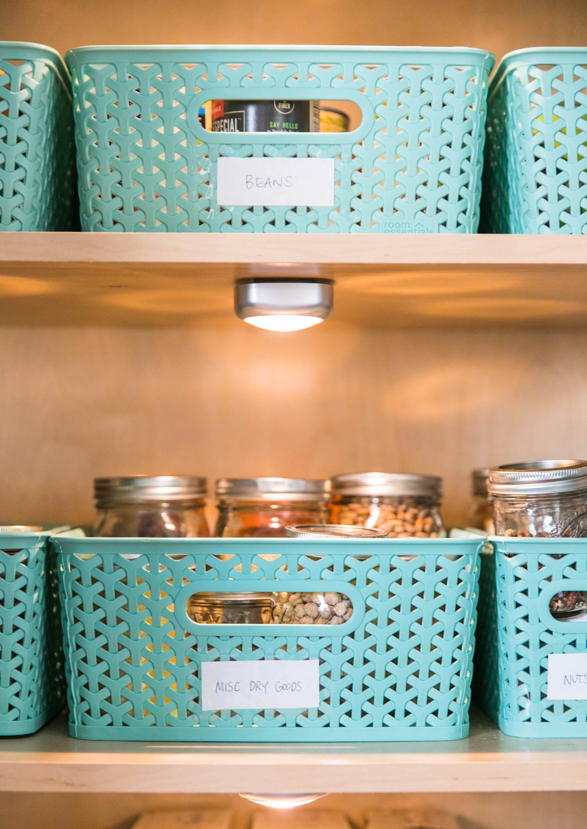 Kitch Sitch | How Should You Organize Your Pantry | Free Printable | Pantry Organization | Jessica Brigham Magazine Ready for Life