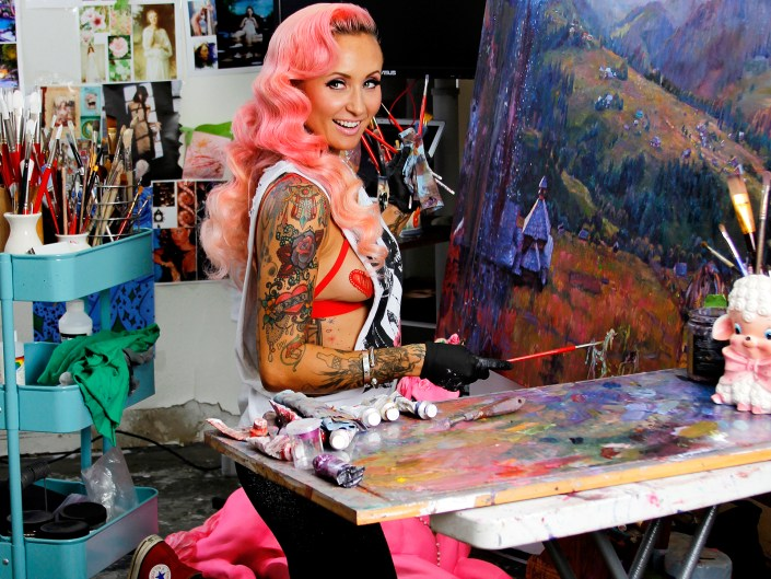 Natalia Fabia- Studio Portrait