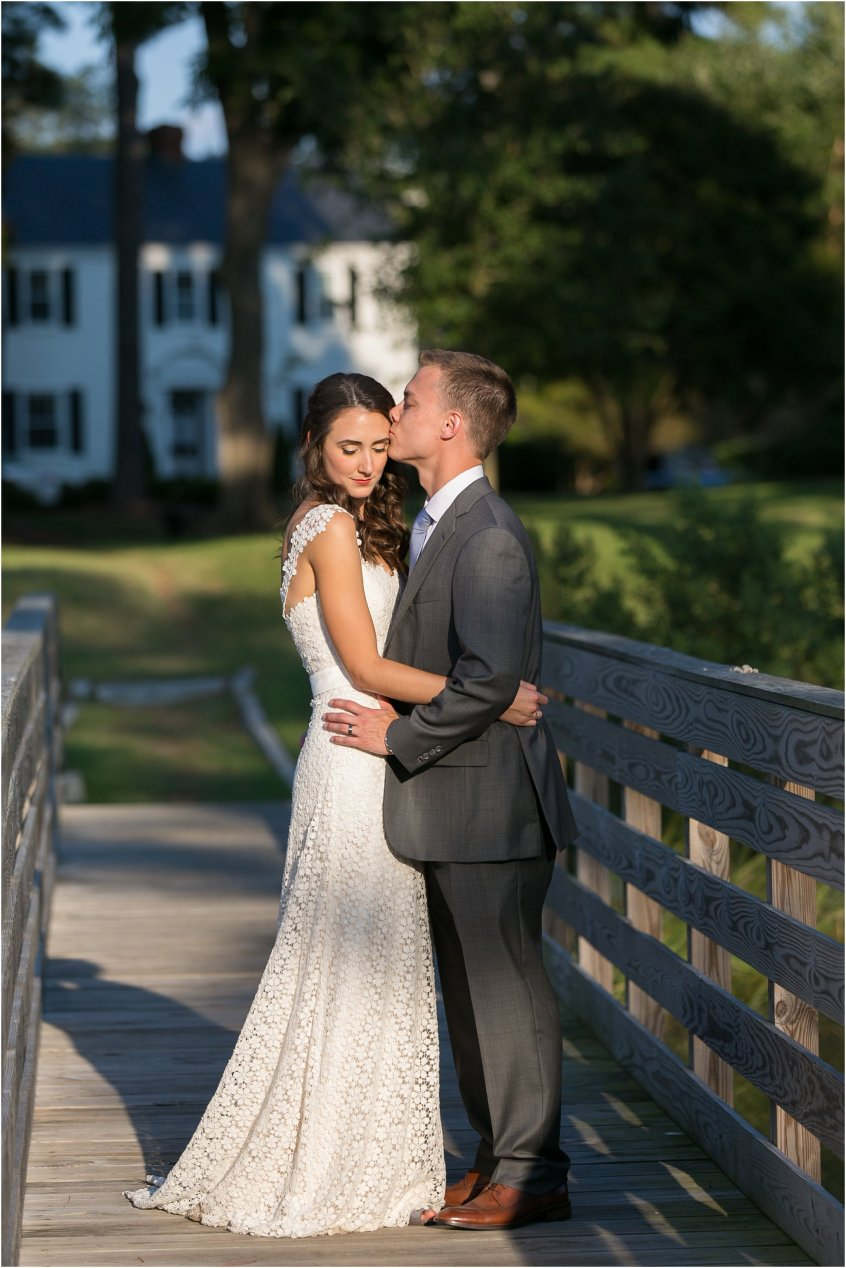 jessica_ryan_photography_womans_club_of_portsmouth_virginia_wedding_portsmouth_candid4_1120