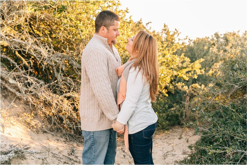 jessica_ryan_photography_pumpkin_patch_engagement_portraits_fall_october_engagements_virginia_beach_chesapeake_0318