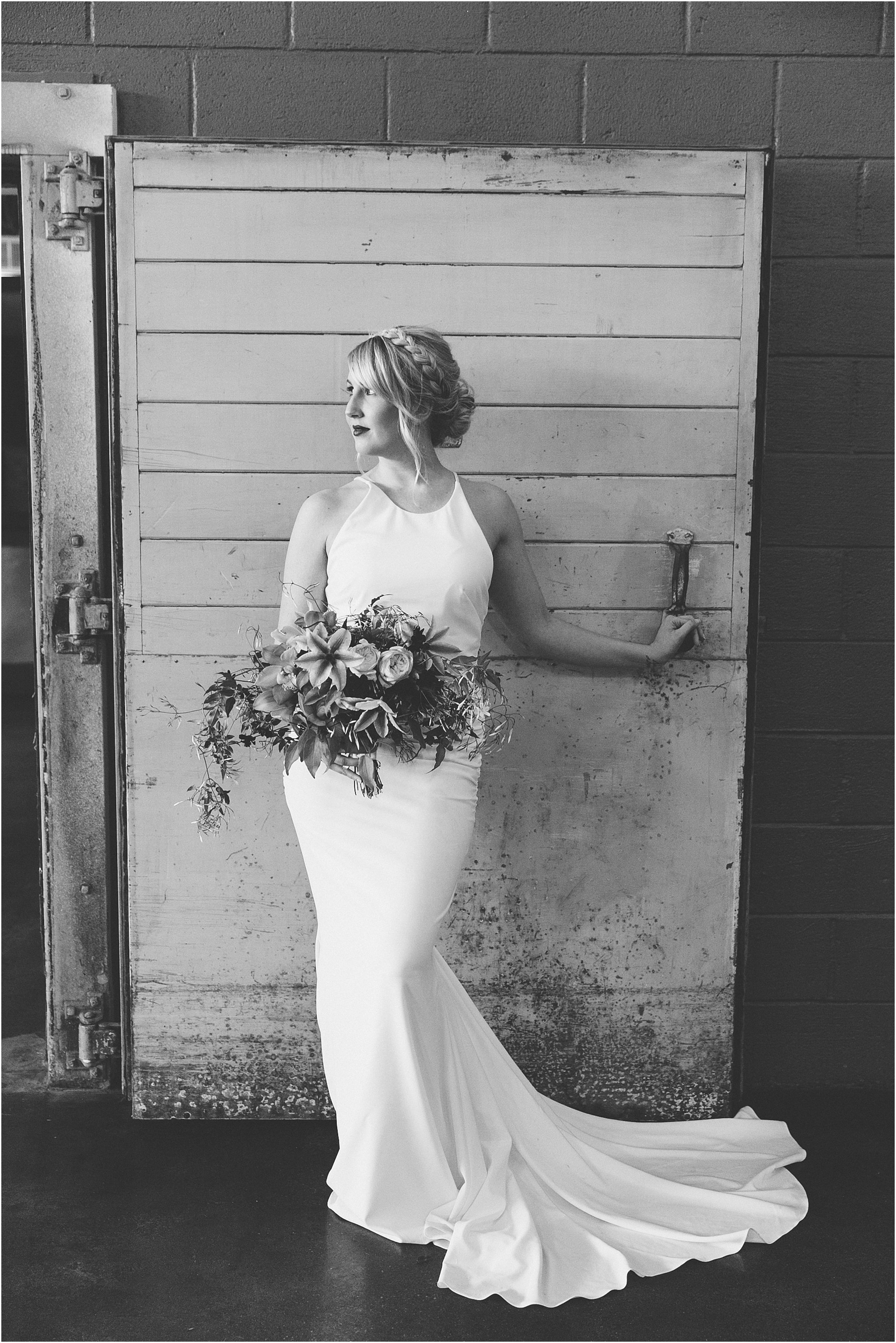 jessica_ryan_photography_oconnor_brewing_wedding_oconnor_brewing_co_norfolk_virginia_roost_flowers_blue_birds_garage__0820
