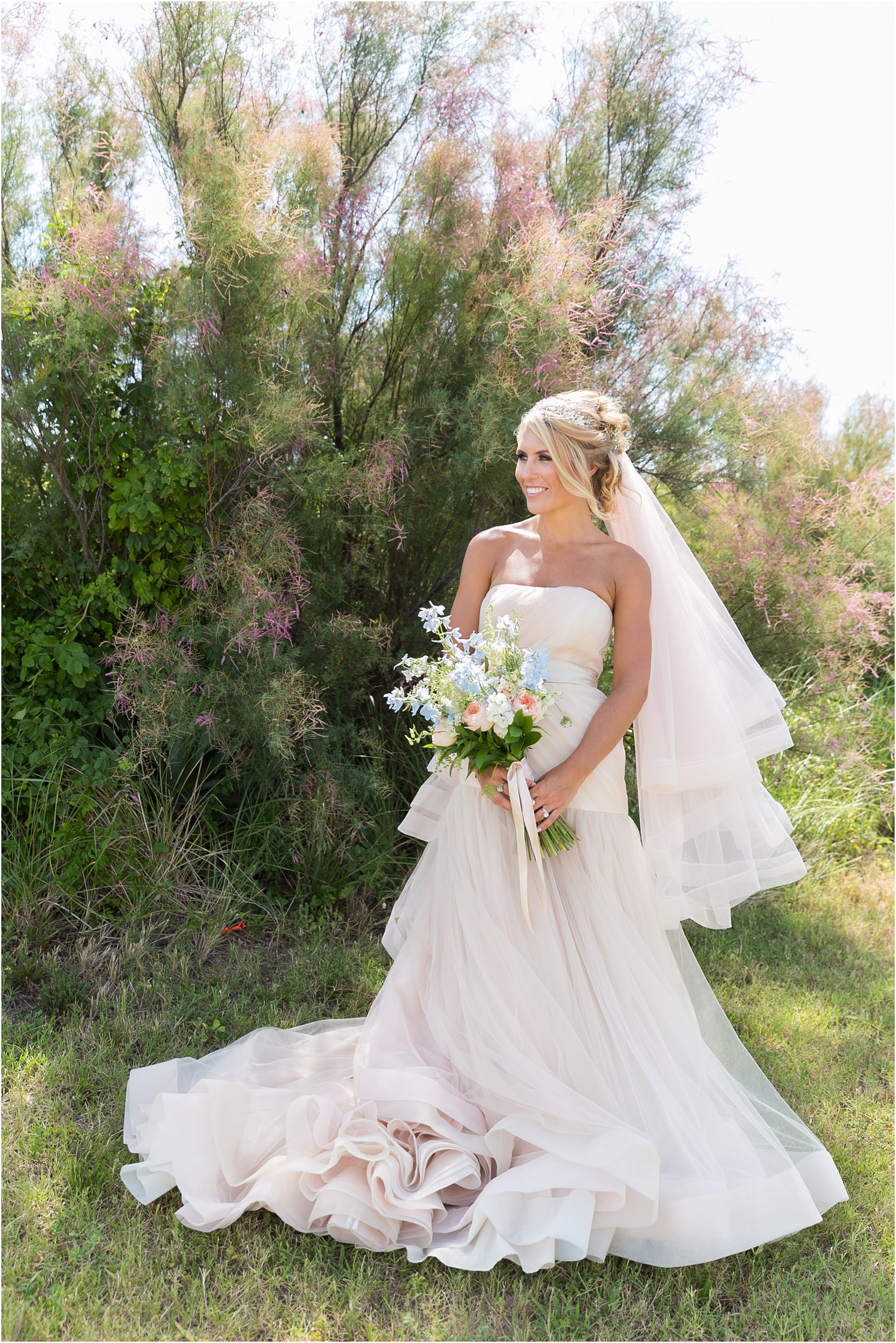jessica_ryan_photography_virginia_beach_water_tabe_wedding_vera_wang_wedding_dress_0624
