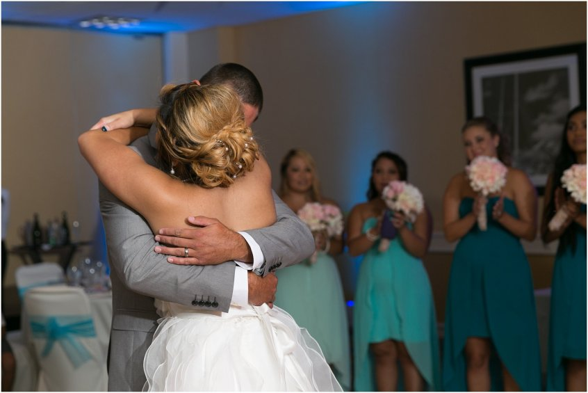 jessica_ryan_photography_wedding_virginia_beach_oceanfront_holiday_inn_north_suites_hotel_wedding_0779