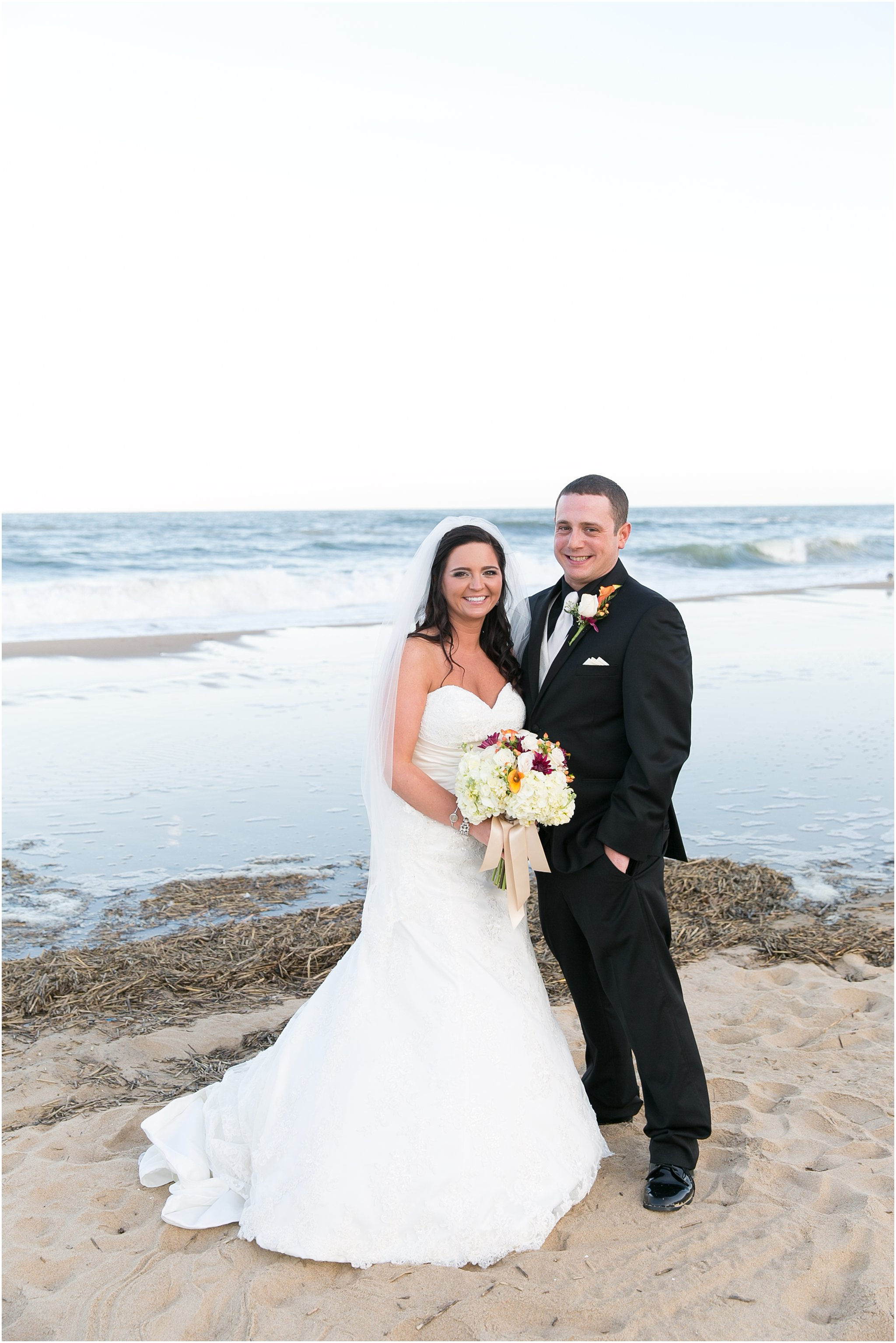 jessica_ryan_photography_wedding_virginia_beach_oceanfront_holiday_inn_north_suites_hotel_wedding_0689