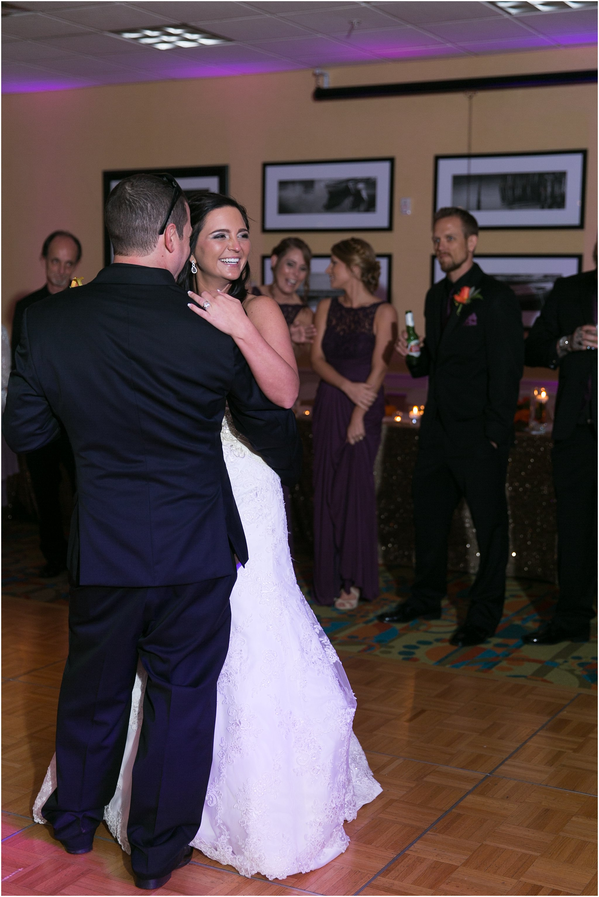 jessica_ryan_photography_wedding_virginia_beach_oceanfront_holiday_inn_north_suites_hotel_wedding_0705