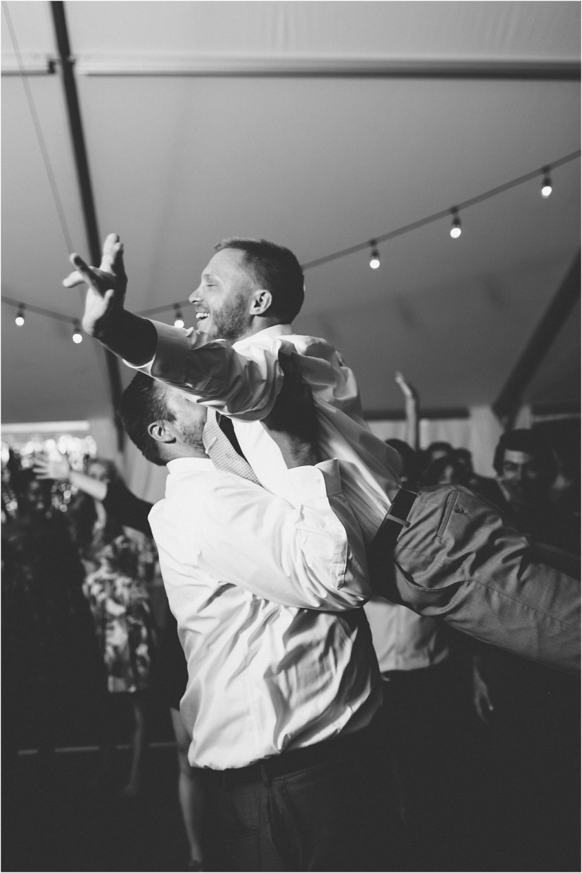 jessica_ryan_photography_holly_ridge_manor_wedding_roost_flowers_jamie_leigh_events_dhalia_edwards_candid_vibrant_wedding_colors_1374