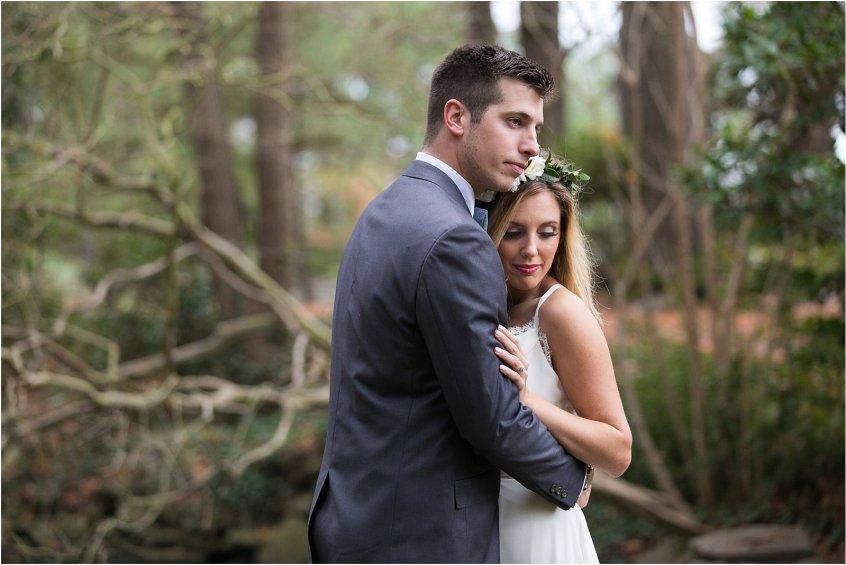 jessica_ryan_photography_womans_club_of_portsmouth_wedding_walk_through_a_wedding_bride_and_groom_0215