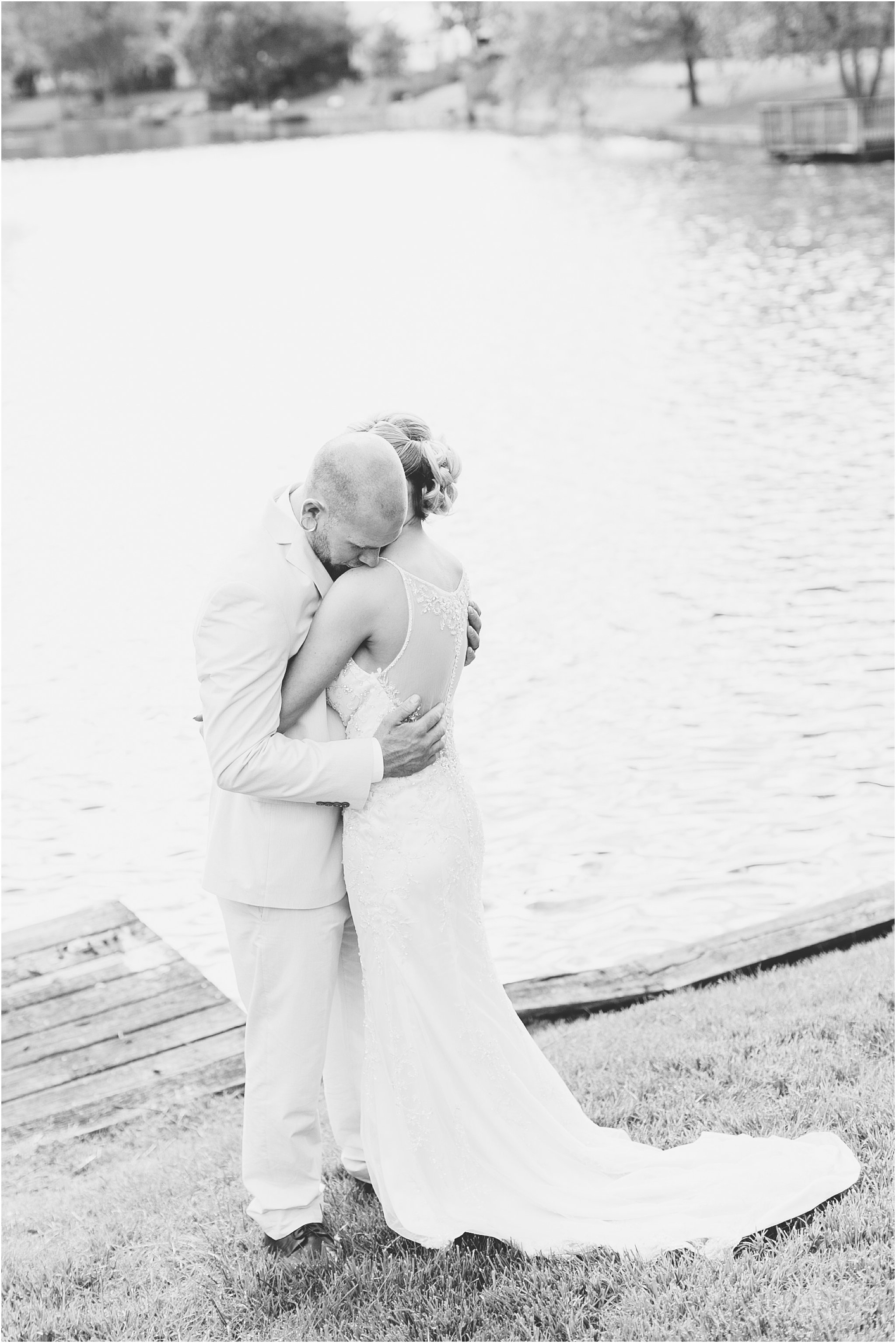 jessica_ryan_photography_virginia_virginiabeachweddingphotographer_studioIdo_backyardwedding_waterfrontwedding_1697