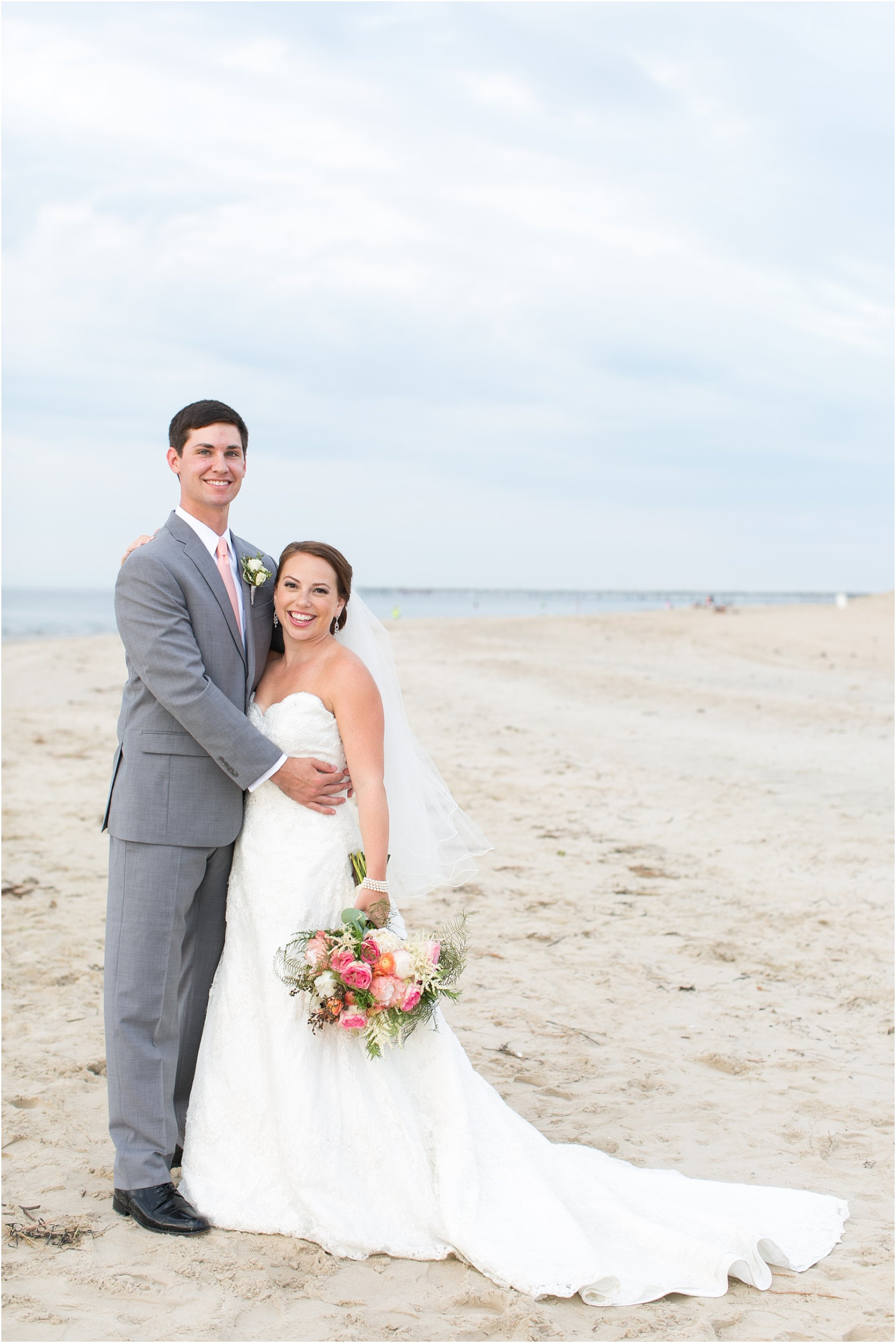 jessica_ryan_photography_wedding_photography_virginiabeach_virginia_candid_authentic_wedding_portraits_marina_shores_yacht_club_chesapeake_bay_1871