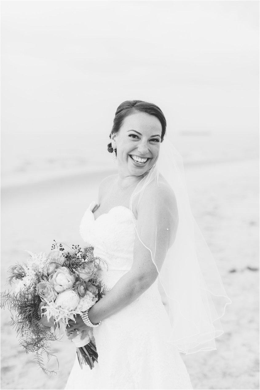 jessica_ryan_photography_wedding_photography_virginiabeach_virginia_candid_authentic_wedding_portraits_marina_shores_yacht_club_chesapeake_bay_1876