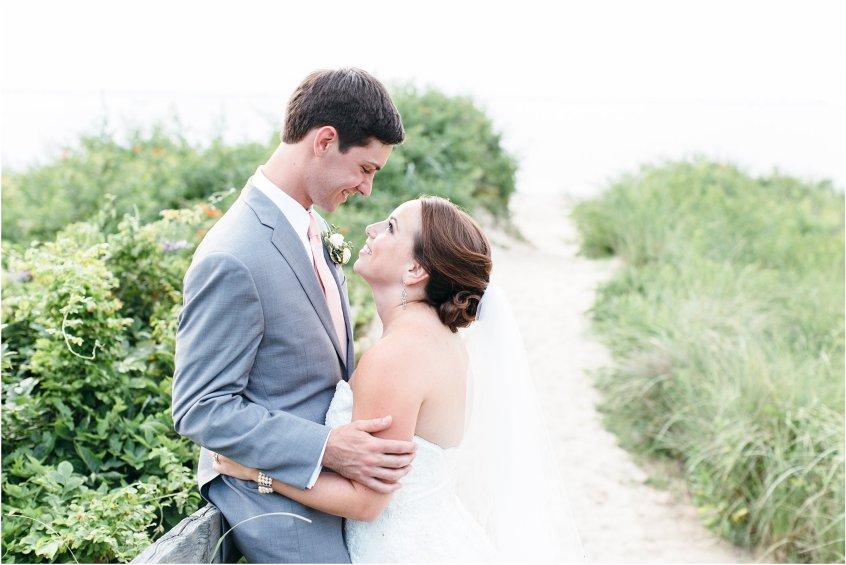 jessica_ryan_photography_wedding_photography_virginiabeach_virginia_candid_authentic_wedding_portraits_marina_shores_yacht_club_chesapeake_bay_1910