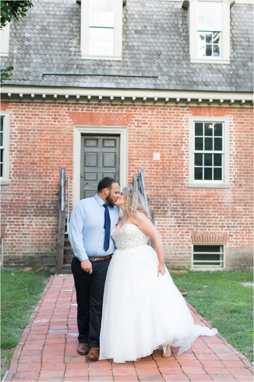 jessica_ryan_photography_virginia_virginia_beach_francis_land_house_portraits_anniversary_portraits_bride_and_groom_beloved_historical_home_wedding_2693