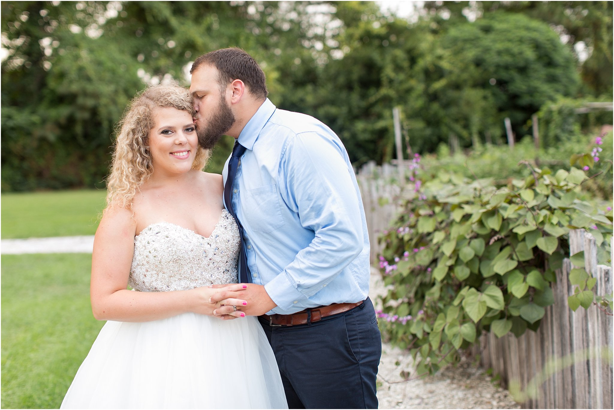 jessica_ryan_photography_virginia_virginia_beach_francis_land_house_portraits_anniversary_portraits_bride_and_groom_beloved_historical_home_wedding_2701