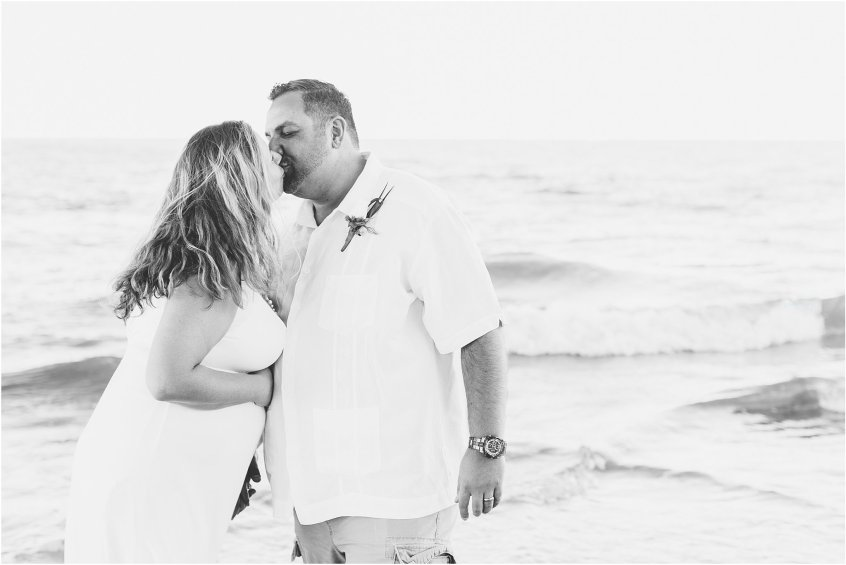 jessica_ryan_photography_virginia_beach_elopement_ceremony_wedding_portraits_3133